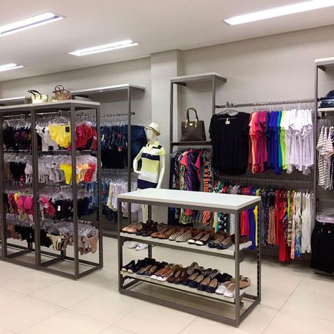a7ad80242 Móveis planejados para loja de roupas - Wiring