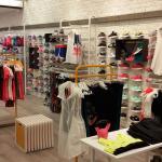 Móveis para montagem de loja de roupas