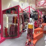 Móveis planejados para loja de roupas