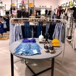 Móveis sob medida para loja de roupas
